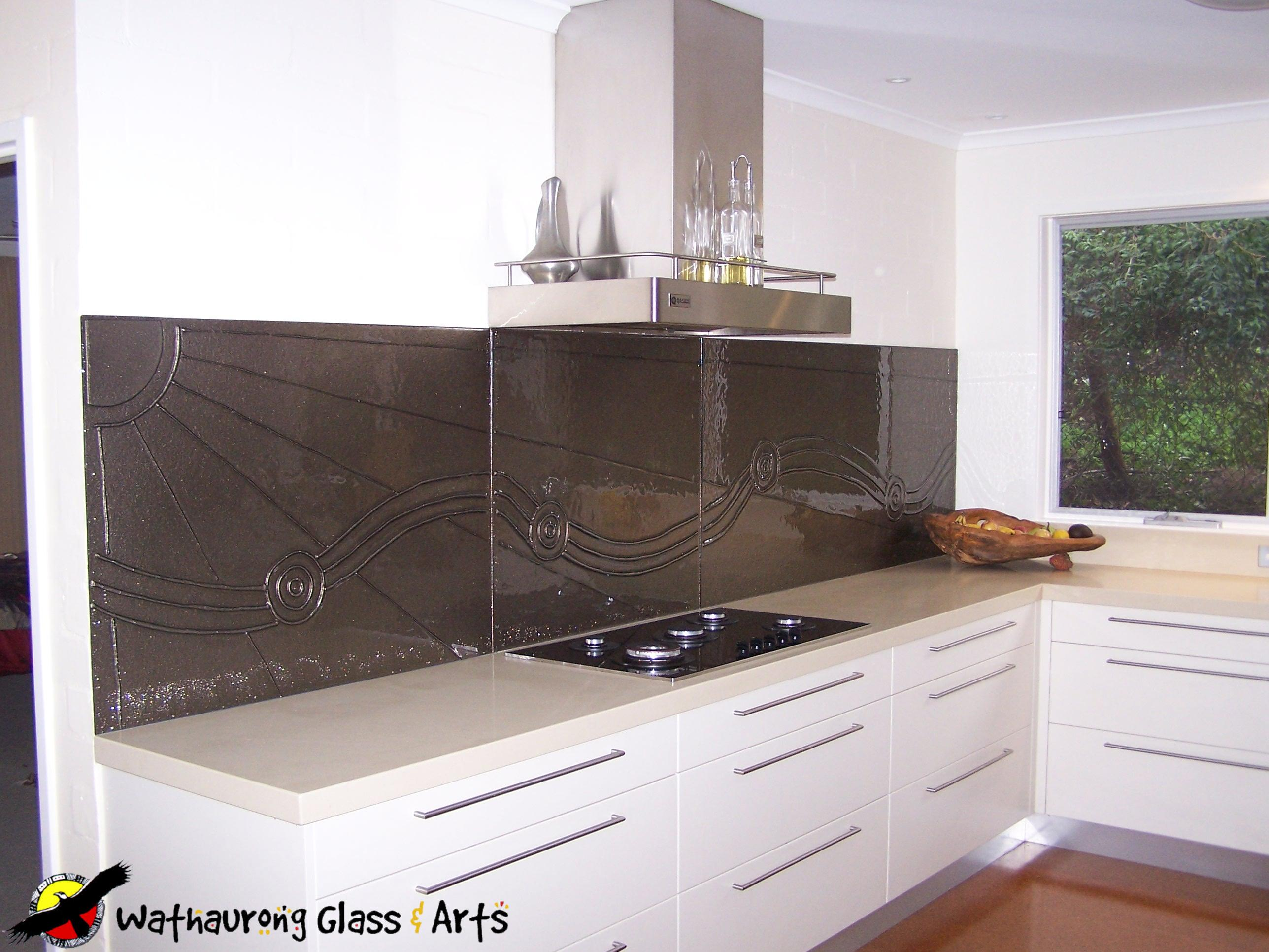 Kitchen Tiles Geelong blue splashback with curved tiles - wathaurong glass