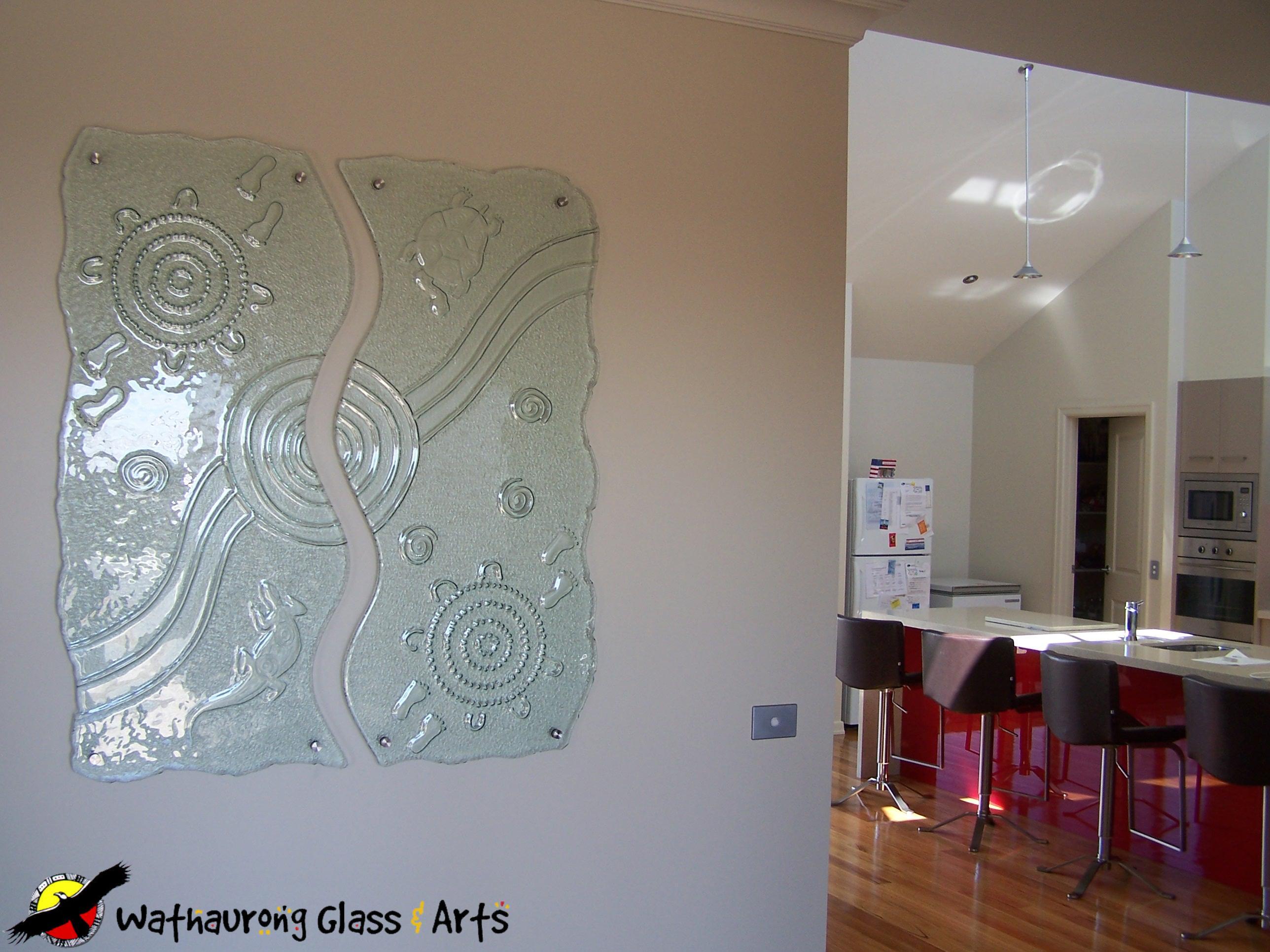Charmant Internal Glass Wall Art