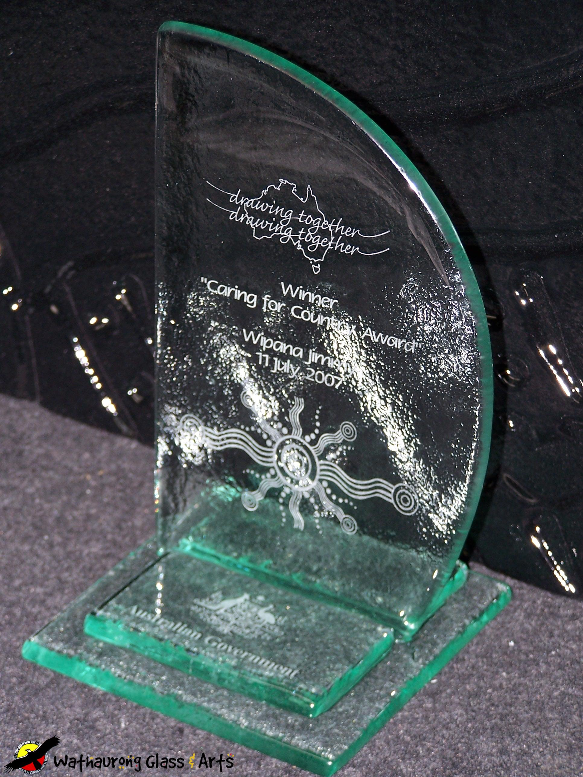 Sail Shape Glass Trophy