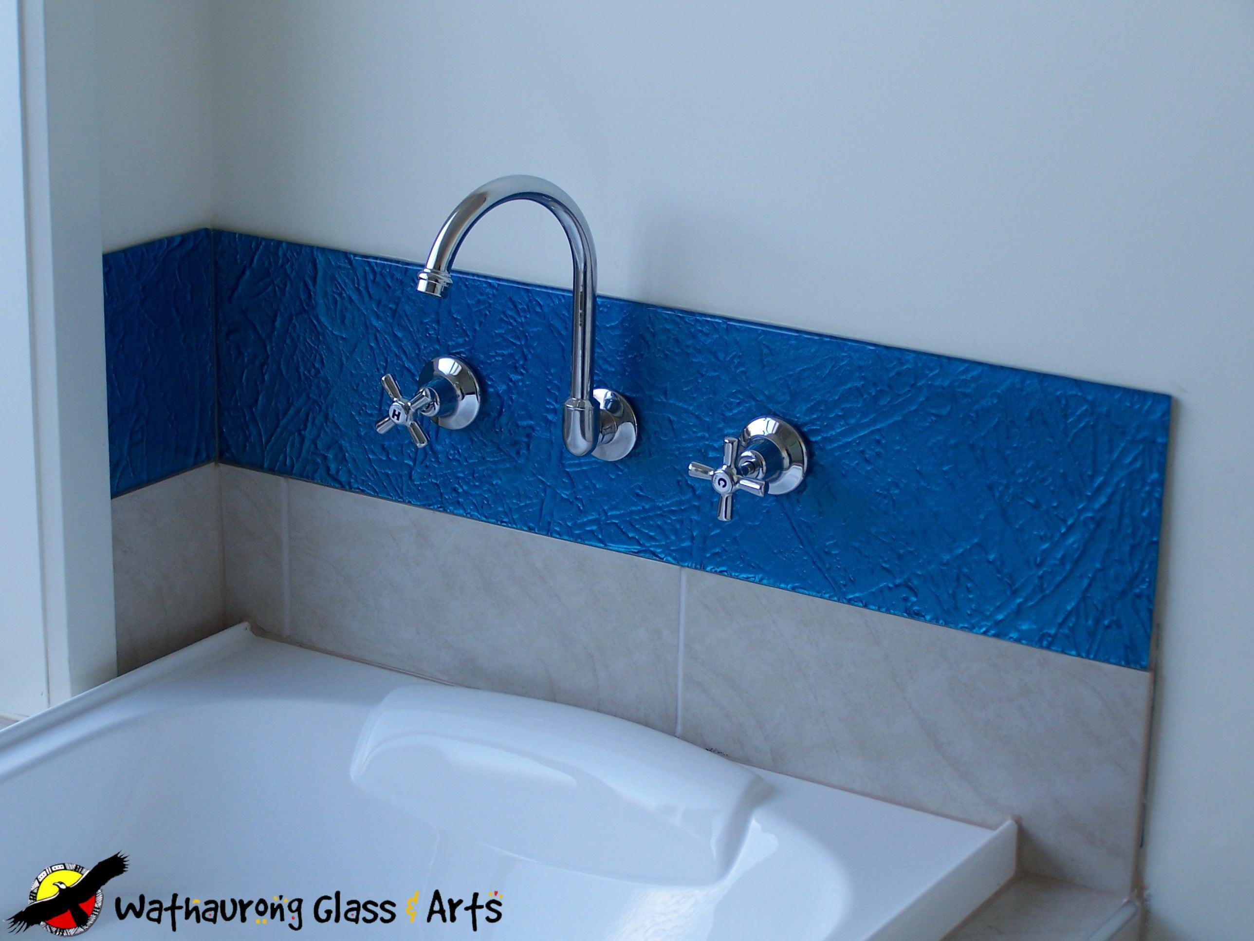 Blue Shower Splashback - Wathaurong Glass