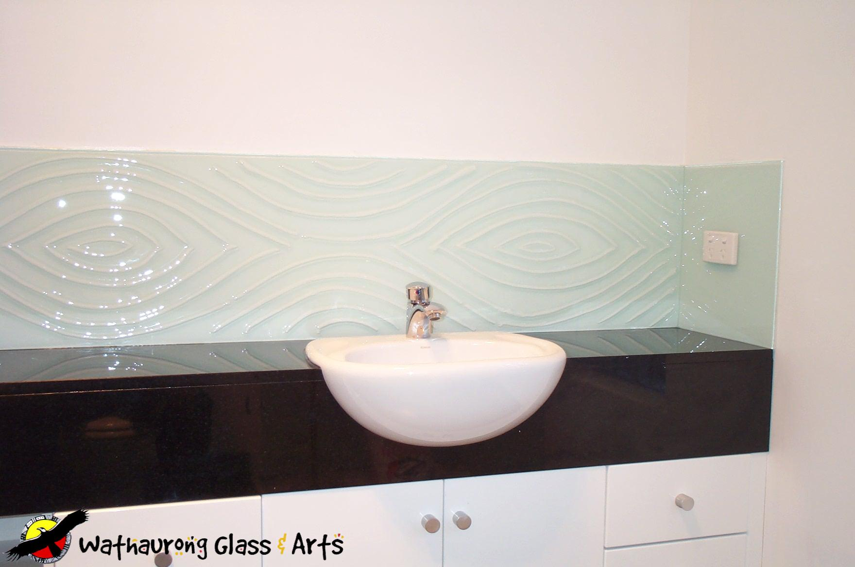 Bathroom Splashbacks | Shower Screens - Wathaurong Glass